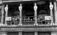 1945 General Election. West Ham Town Hall balcony. 26 July 1945.