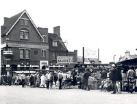 Queens Road Market & The Queens. 20 May1967.